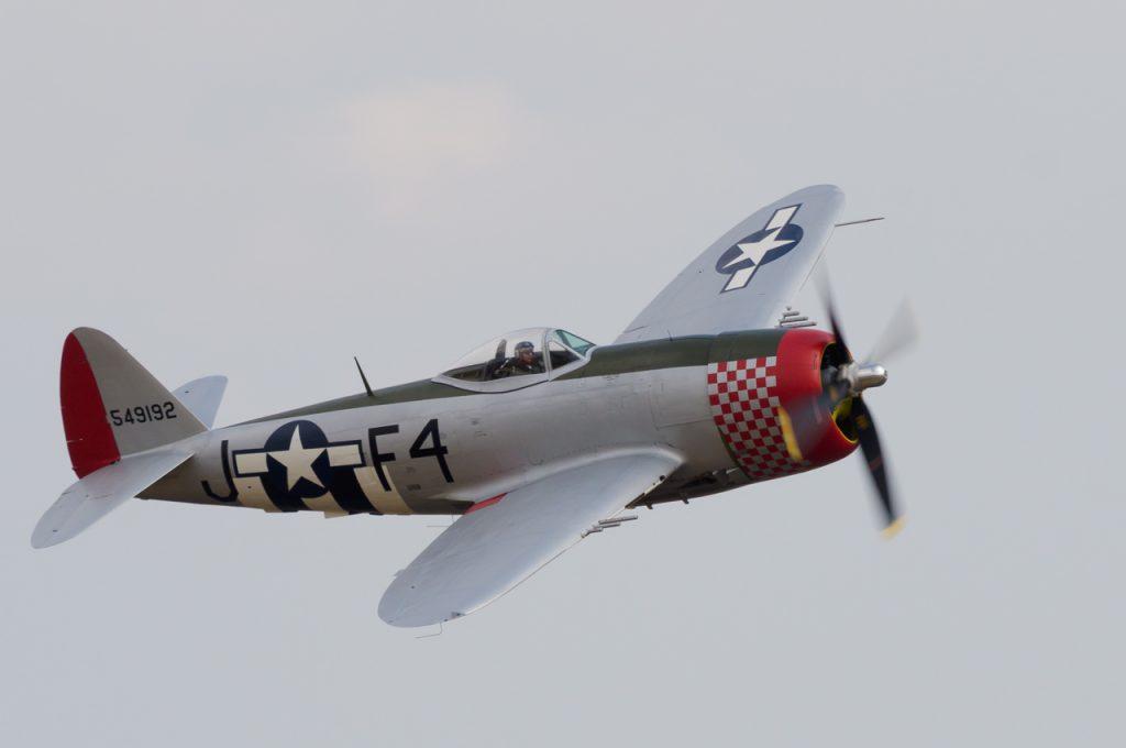 Flying Legends - P-47 Thunderbolt